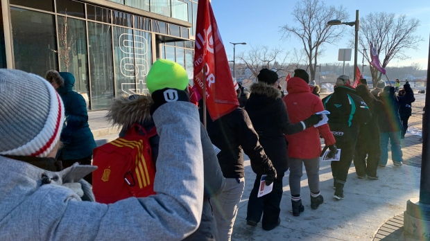 Unifor protesters in downtown Saskatoon.