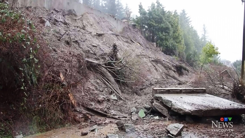 Burnaby mudslide evacuation order lifted