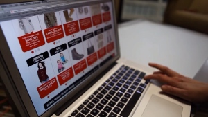 The shopping culture is changing in Canada and experts say store owners need to change with the times or risk being left behind by a generation of online shopping. (Source: CTV News Winnipeg)