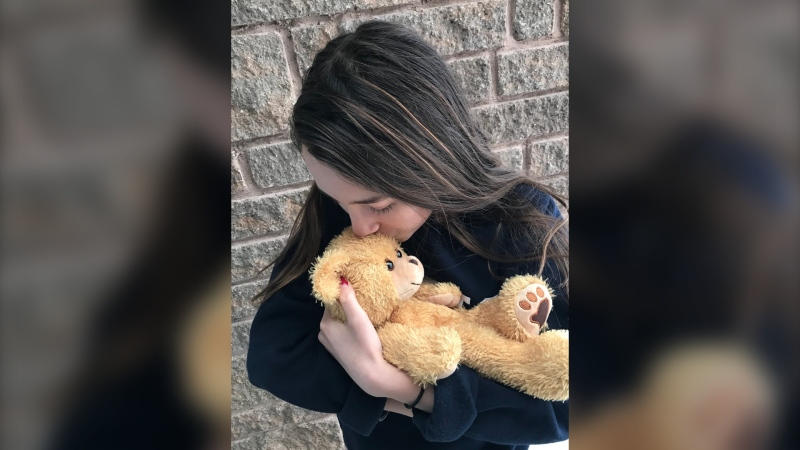 Weighted teddy bears are helping grieving parents (Dana Roberts/CTV Northern Ontario)