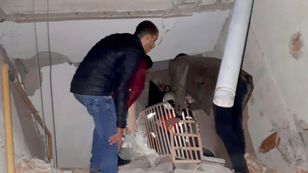 At least 14 dead, 315 hurt in Turkey earthquake