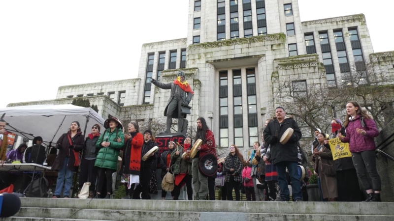 Students gather for anti-pipeline protest