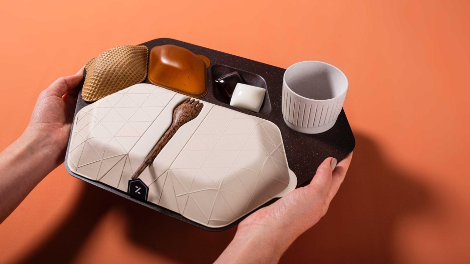 PriestmanGoode submitted a meal tray called Zero that's made out of edible, biodegradable and/or commercially compostable materials. (Courtesy Crystal Cabin Award)