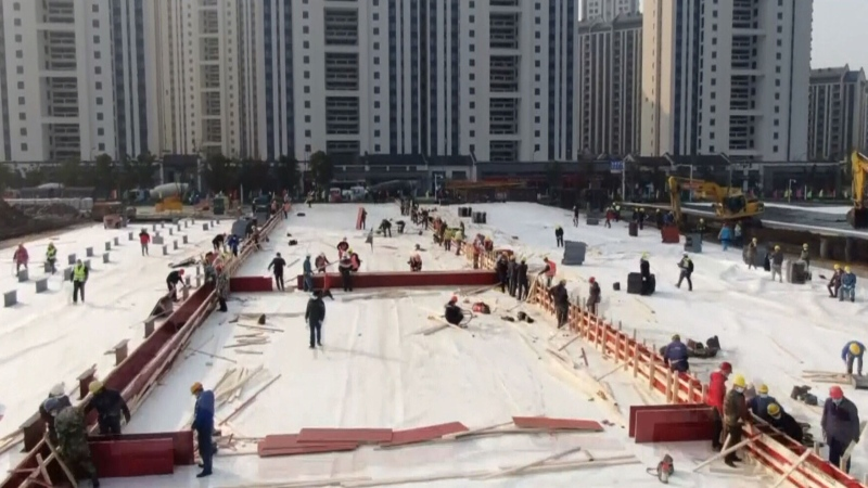 Watch China's 6-day field hospital be built