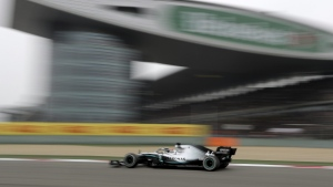 Mercedes driver Lewis Hamilton on the way to win the Chinese Formula One Grand Prix at the Shanghai International Circuit, on April 14, 2019. (Ng Han Guan / AP)