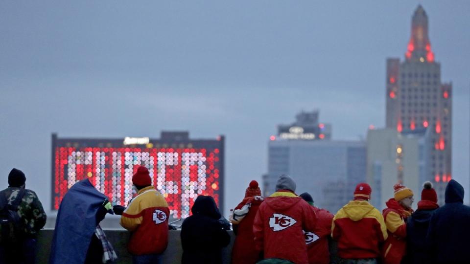 Awaiting the Kansas City Chiefs Super Bowl parade