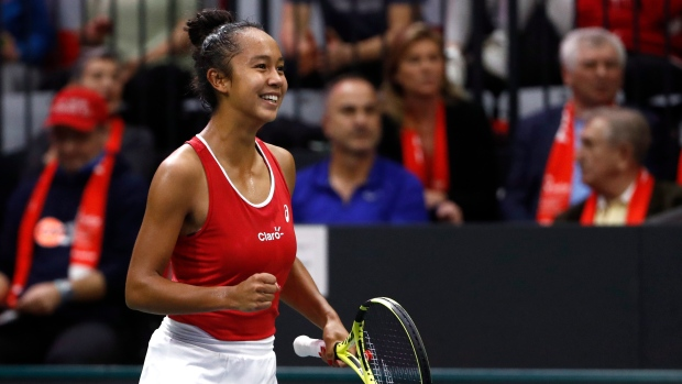 Laval's Leylah Fernandez pulls off upset but Canada out at Fed Cup Finals