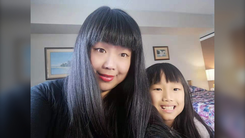 Daniela Luo and her daughter Dominica