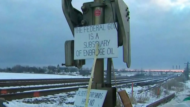 How railway blockades are affecting Manitoba farmers