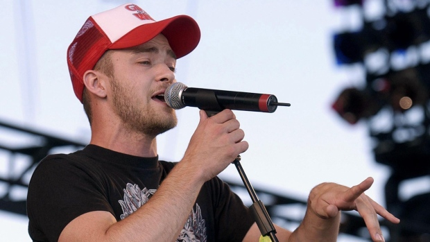 Justin Timberlake performs during the concert for SARS relief at Downsview Park in Toronto Wednesday July 30, 2003. THE CANADIAN PRESS/Aaron Harris