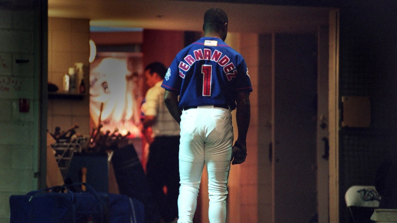 Toronto Blue Jays' Tony Fernandez walks the tunnel to the clubhouse after hitting a pinch hit in the eighth inning against the Cleveland Indians, in Toronto, Sunday, Oct. 7, 2001. It was his last major league game and appearance. THE CANADIAN PRESS/Fred Thornhill
