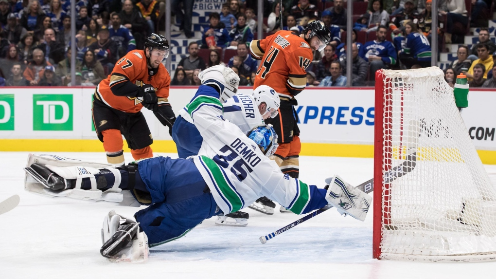 Canucks vs Ducks