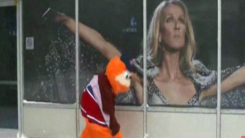 Youppi! preps Bell Centre for Celine Dion