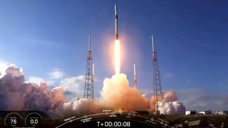 This NASA TV video frame grab shows the SpaceX Falcon 9 fourth Starlink constellation as it launches at Cape Canaveral, Florida on January 29, 2020. (AFP)