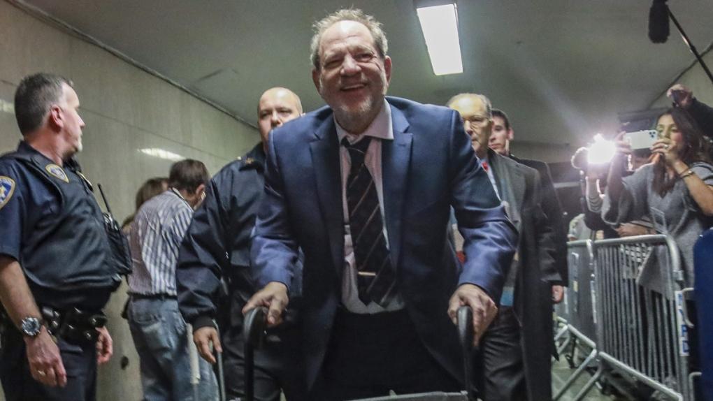 Harvey Weinstein leaves a Manhattan court