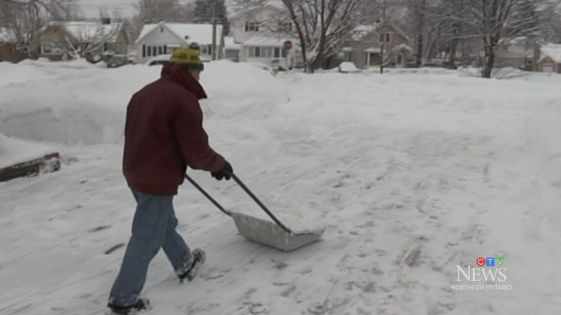 Tips to properly shovel snow without injury