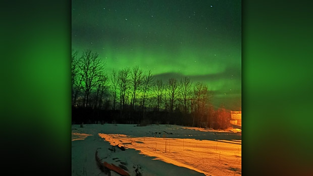 Aurora borealis at The Pas, Manitoba. Photo by Zeke McGillivary.