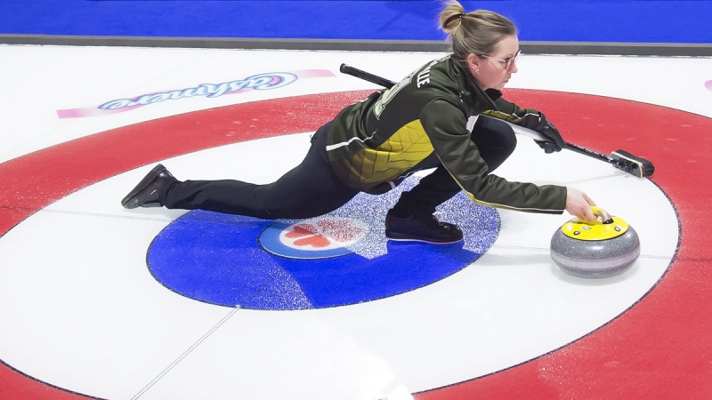 Team Northern Ontario skip, Krista McCarville makes a shot against team Alberta at the Scotties Tournament of Hearts in Moose Jaw, Sask., on Feb. 19, 2020. (Jonathan Hayward / THE CANADIAN PRESS)