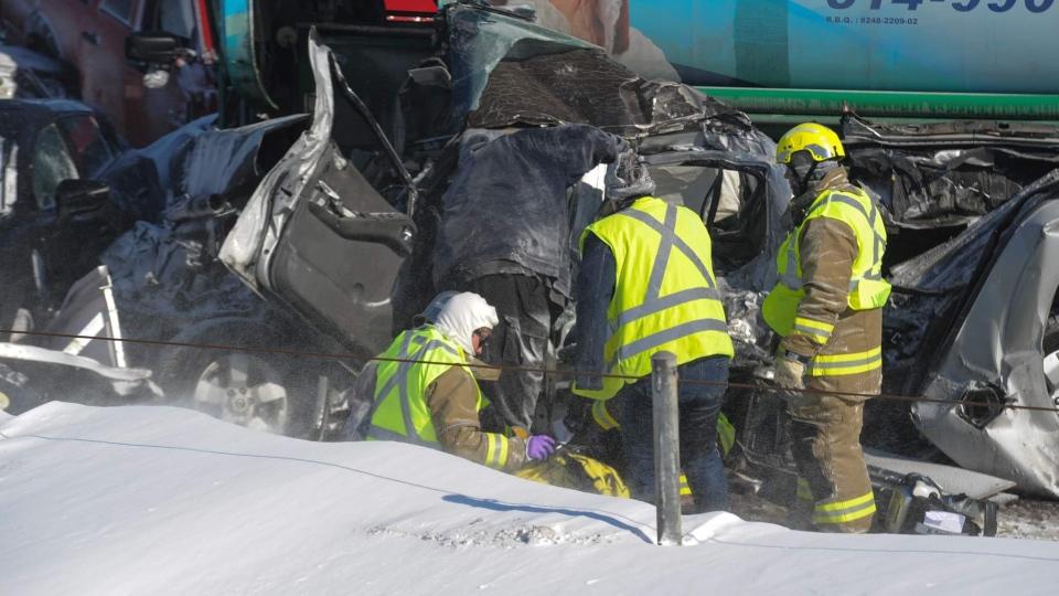 Multi-car crash on Highway 15