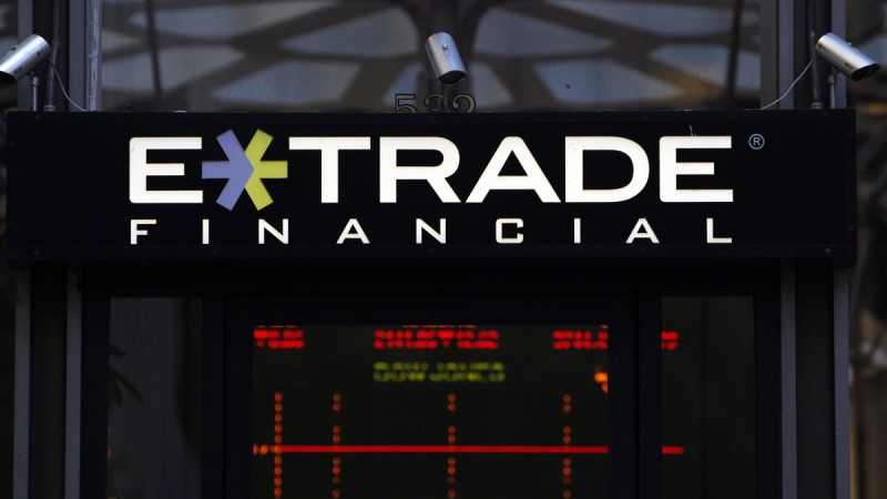 An E- Trade Financial branch is shown in San Francisco, on Oct. 27, 2009. (Jeff Chiu / AP)