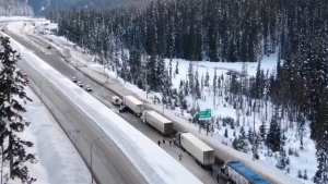 A serious crash involving 15 to 20 vehicles has shut down the Coquihalla Highway southbound between Merritt and Hope. (Twitter/ @Canuck13625367)