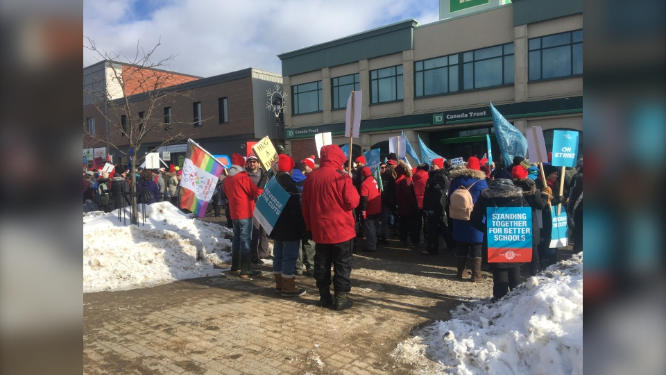 Education workers picket in downtown North Bay during province-wide strike by all four teachers' unions. Feb. 21/20 (Eric Taschner/CTV Northern Ontario)
