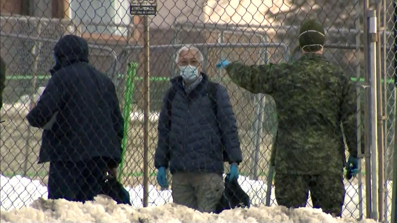 Canadian evacuees face two-week quarantine