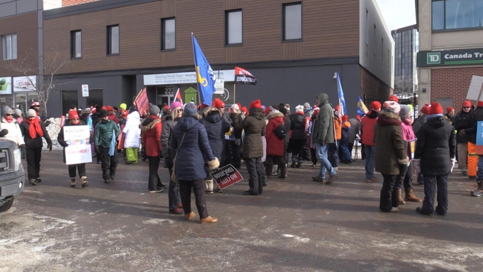 North Bay education workers strike. Feb. 21/20 (Eric Taschner/CTV Northern Ontario)