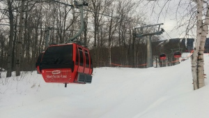 Gondolas at the Mont-Sainte-Anne ski resort. (Photo: Samuel Pouliot/CTV News Montreal)