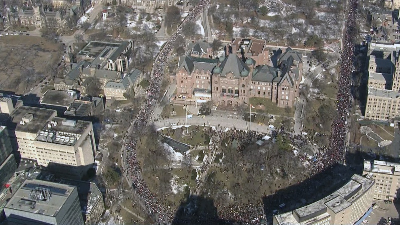 Thousands of teachers rally at Queen's Park