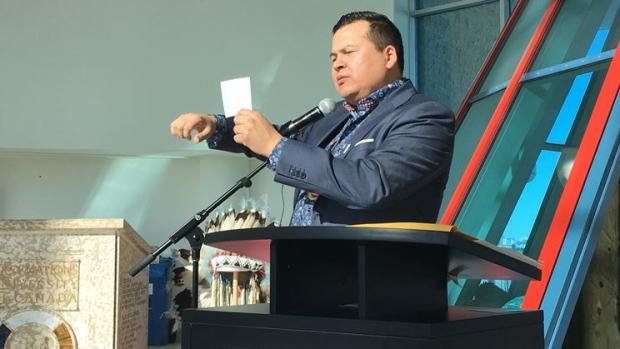 Educator shares daily Cree lessons through social media