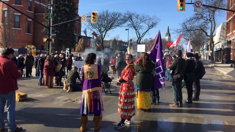 A rally of solidarity for the Wet'suwet'en heredity chiefs was held in Orillia on Feb. 22. (Steve Mansbridge / CTV News)