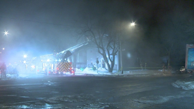 Man arrested after Montreal fire forces 4 families from their homes