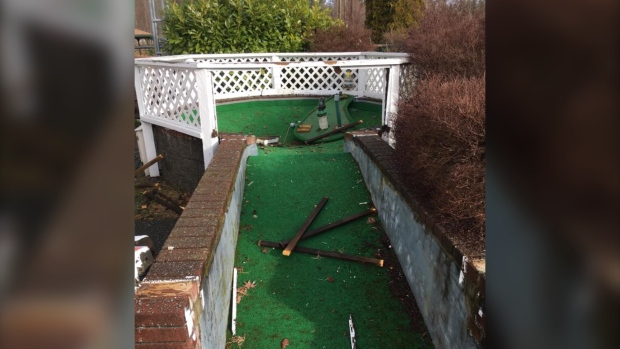 Comox Valley mini golf trashed by vandals