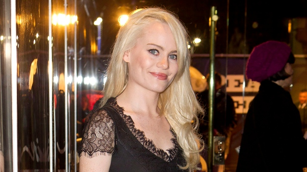 """FILE - This Dec. 8, 2011 file photo shows Welsh singer Duffy at the European premiere of """"Sherlock Holmes: A Game of Shadows"""" in London. (AP Photo/Joel Ryan, File)"""