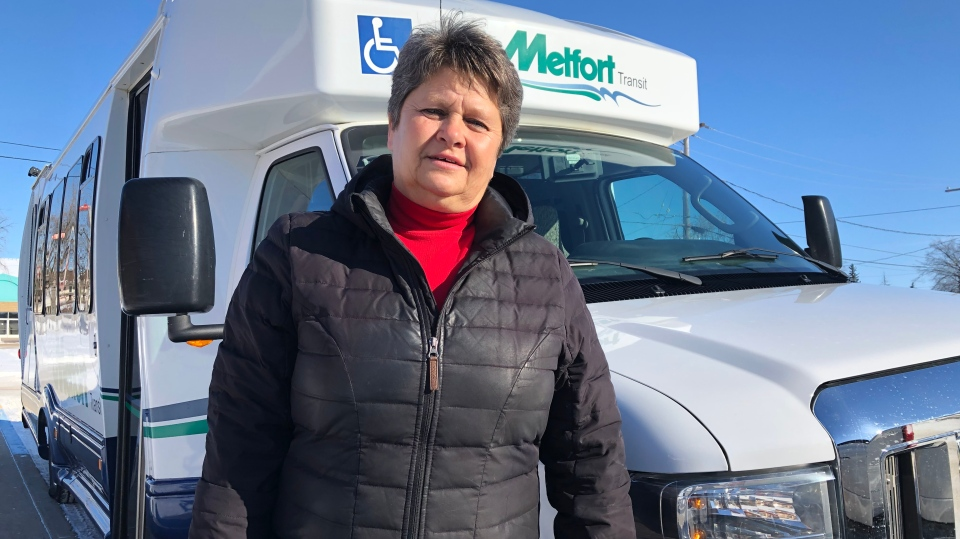 Linda Sochaski starts at 8 a.m., picking up and dropping off up to 20 people a day. (Chad Hills/CTV Saskatoon)