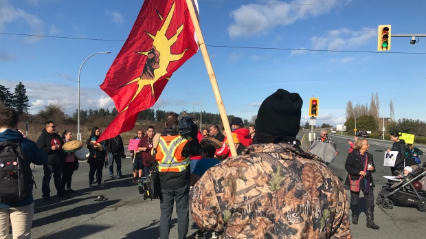 B.C. Supreme Court issues injunction against protesters blocking Victoria highway