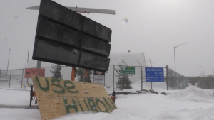 Protesters supporting the Wet'suwet'en hereditary chiefs in British Columbia have moved to the secondary entrance of the International Bridge. Feb. 28/2020 (Christian D'Avino)