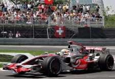 McLaren Mercedes driver Lewis Hamilton, of Britain, steers his car by the hairpin during the qualifying session for the Canadian Grand Prix in this June 7, 2008 at the Circuit Gilles-Villeneuve in Montreal. (Jacques Boissinot / THE CANADIAN PRESS)