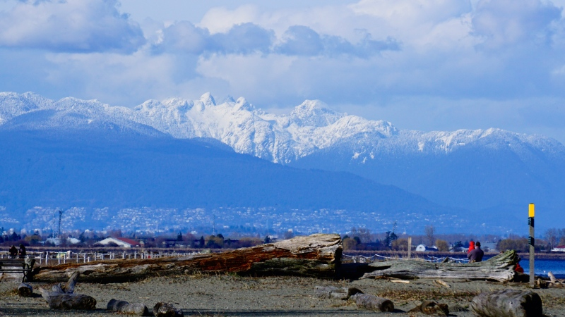 View of the North Shore mountains from Centennial Beach in Delta. (Lay Tan photo)