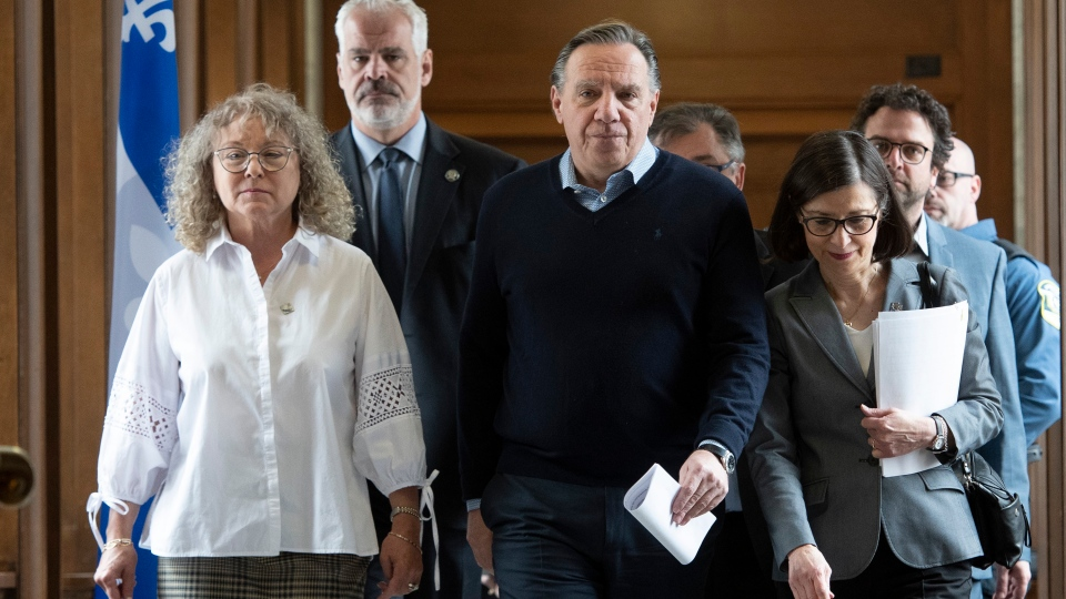 Premier Legault and ministers update on COVID-19