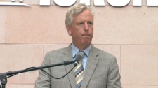 Toronto Mayor David Miller addresses the sick-leave pay issue on Thursday, Sept. 24, 2009.