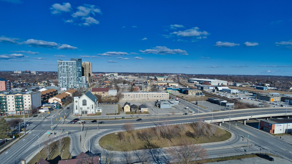Drone photo shows empty London, Ont. streets