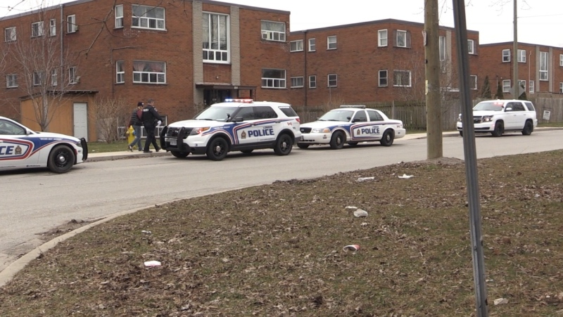 Police investigate a shooting on King Edward Avenue in London, Ont. on Thursday, March 26, 2020. (Brian Snider / CTV London)