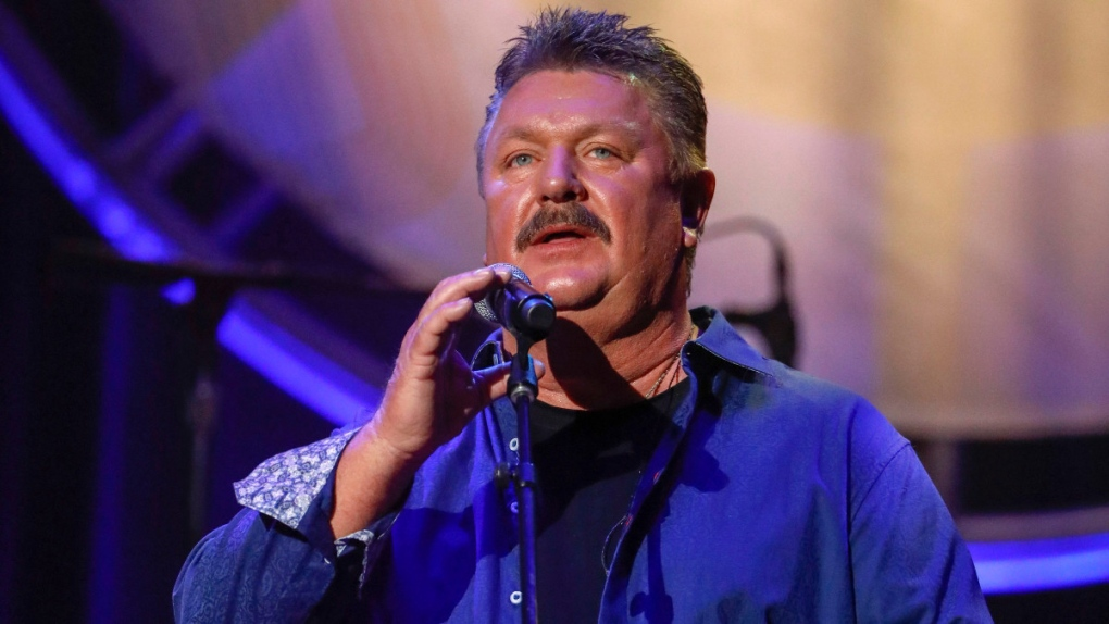 Joe Diffie performs in 2018