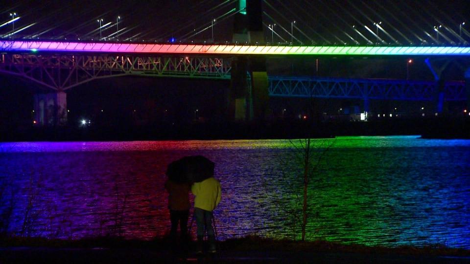 Rainbow Champlain Bridge