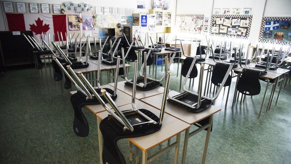 Classroom Ontario schools closed