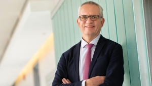 Dr. Vincent Mooser is the Canada Excellence Research Chair in Genomic Medicine and a pioneer in using genomics-based tools and datasets to develop new target-based therapies to improve human health. SOURCE McGill University
