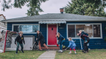 Photographer Laura-Lee Gerwing has been taking pictures of Vancouver families cooped up at home during the COVID-19 pandemic and raising money for charity.