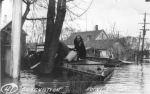 Residents in Point Douglas are evacuated in 1950. (Source: Archives of Manitoba/Heritage Winnipeg)